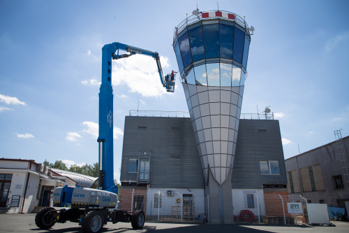Control tower at the Karlovy Vary airport gets unique glazing from Sipral - 3