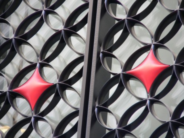 Decorative grille for Louis Vuitton - exterior